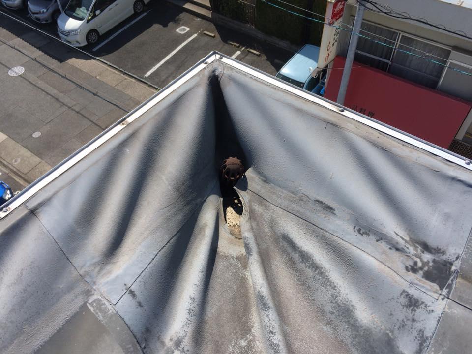 マンション-屋上防水-シートの浮き